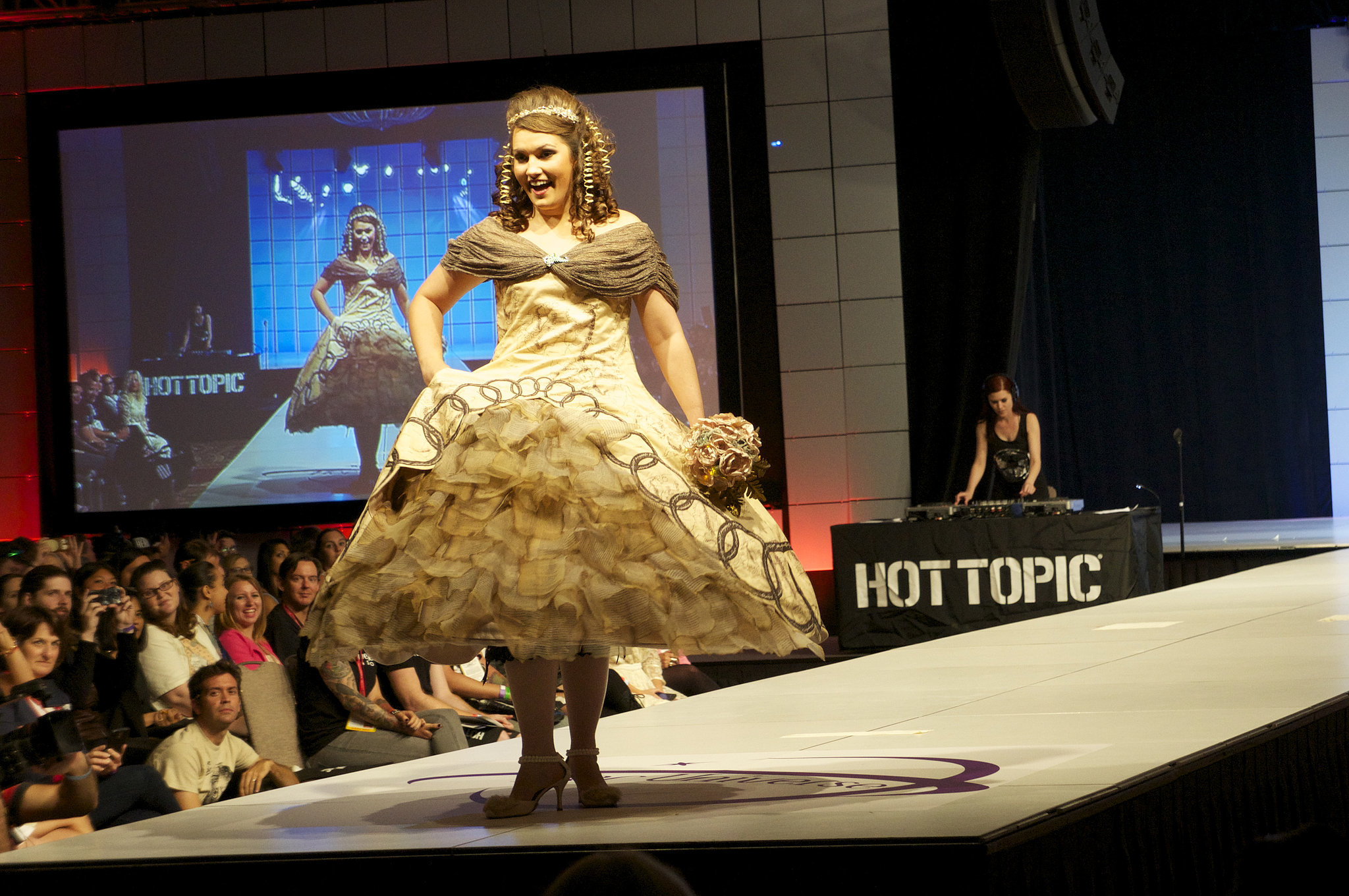 Fashion show ideas tips for home